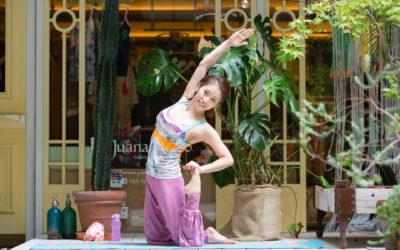 New instructor Hitomi, she will be teaching a Vinyasa Yoga class focusing on alignment@Yoga Studio